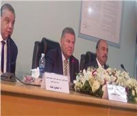 وزير قطاع الأعمال يبدي إعجابه بمستوى العاملين بشركة «سيد للأدوية»