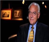 رئيس جامعة الأزهر يهنئ فاروق الباز لإطلاق اسمه على كويكب بالفضاء