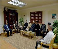 محافظ أسيوط يؤكد دعمه لجهود «بيت العائلة المصرية» في تنمية الصعيد