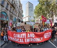 ناشطون في مجال المناخ يغلقون محاور طرق رئيسية في واشنطن