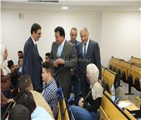 وزير التعليم العالي يحث طلاب جامعة النهضة على الاجتهاد في الدراسة