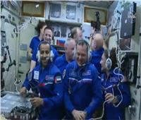 بالفيديو.. أول مكالمة لهزاع المنصوري من داخل محطة الفضاء
