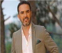 وائل جسار يعلن عن مفاجأة في «حواديت الشانزليزيه»