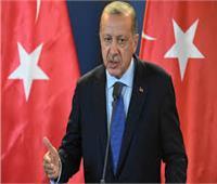 فيديو| محافظ البنك المركزي التركي السابق: أزمة تعصف باقتصاد بلادنا