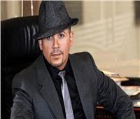 هشام عباس يطرح «عامل ضجة»..غدًا