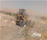 حملة نظافة مكبرة لرفع المخلفات الصلبة بمركز ملوي بالمنيا
