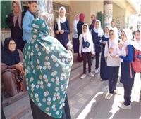 صور| «قومي المرأة» بالبحيرة يواصل حملة «بلدي أمانة» لمواجهة الشائعات