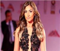 سر غياب دينا الشربيني عن حفل جوائز «إنرجي»