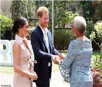 بالصور  ميجان وهاري يزوران زوجة نيلسون مانديلا