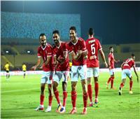 الأهلي يضيف الهدف الثاني بأقدام حسين الشحات