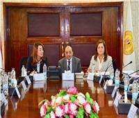 3 وزراء يناقشون مبادرة حياة كريمة