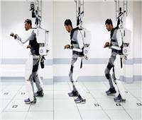 فيديو وصور  الذكاء الاصطناعي ينجح في مساعدة رجلا مشلولا من المشي مجددا