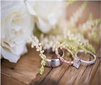 هل يجوز للفتاة التحدث مع أي شخص يعجبها بهدف الزواج؟.. «الإفتاء» تجيب
