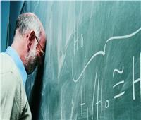أنقذ حياة تلميذ.. تفاصيل الاعتداء على معلم داخل مدرسة بالمحلة