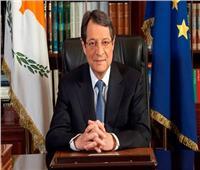 رئيس قبرص يصل القاهرة للمشاركة بالقمة الثلاثية