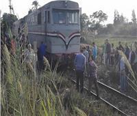 مصرع طالب صدمه قطار أثناء ذهابه إلى المدرسة بفرشوط