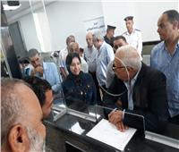 محافظ بورسعيد يتفقد المركز التكنولوجي لخدمة المواطنين