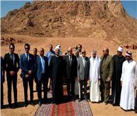 صور| وزير الأوقاف ومحافظ جنوب سيناء يضعان حجر أساس «الوادي المقدس»
