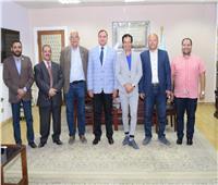 جامعة سوهاج تبحث سبل التعاون مع الجالية المصرية بهولندا