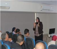 وزير التعليم العالي يستعرض تقريرًا حول إطلاق تطبيق «ادرس في مصر»