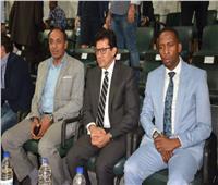 وزير الرياضة يشهد مباراة مصر وبوتسوانا ببرج العرب