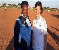 كارولين براون.. مبعوثة العناية الألمانية لتطوير الكرة البوتسوانية