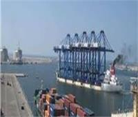 تداول 481 شاحنة بضائع عامة و76 سيارة بموانئ البحر الأحمر