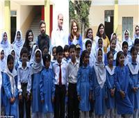 «طفلة باكستانية»للأمير وليام: أنا واحدة من معجبين الأميرة ديانا| صور