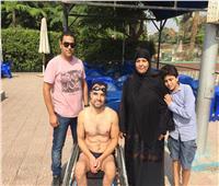 هيثم عادل.. من الإعاقة شق طريقا في الماء تجاوز به قدرات الأسوياء «فيديو»