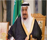 خادم الحرمين يهنئ أمير الكويت بعودته لبلده بعد رحلة علاج