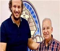 ممدوح عيد وعبد العزيز عبد الشافي يؤازران لاعبي بيراميدز أمام سموحة