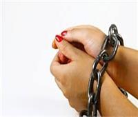 ضبط سيدة لترويجها عملات محلية مقلدة بالقاهرة