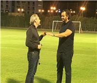 ممدوح عيد يحضر تدريب بيراميدز ويحفز اللاعبين