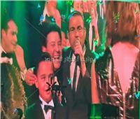 صور| الهضبة يحيي حفل زفاف نجل هاني شاكر