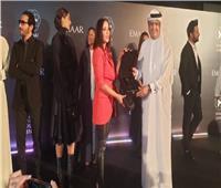 فيديو| «نجمة دبي» من نصيب «حلمي» ومنى زكي في «ممر المشاهير»