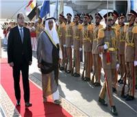 رئيس الوزراء الكويتي يصل القاهرة في زيارة رسمية تستغرق يومين