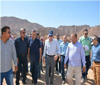 محافظ جنوب سيناء يفتتحمحطه للطاقة الشمسية بتجمع قريه أبو غراقد