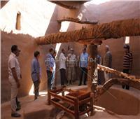 «الآثار» تتفقد أعمال تطوير مدينة بلاط بالوادي الجديد