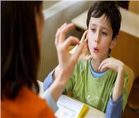 3 طرق لعلاج لـ «التأتأة» عند الأطفال .. أبرزها بيض الحمام