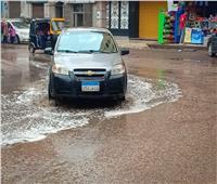 فيديو| تكدس مروري بسبب هطول الأمطار الغزيرة على شوارع «المحروسة»