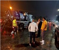 صور| بعد غرقها.. شفط تجمعات مياه الأمطار من شوارعمدينة نصر