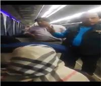 فيديو وصور| «تذكرة الموت».. نرصد التفاصيل الكاملة لـ إلقاء شابين من القطار