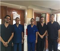 جامعة أسيوط: علاج مريض بتقنية الدعامات المغطاة وبدون تدخل جراحي