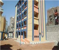 محافظ قنا: رفع كثافة قاعات المرحلة الأولى من رياض الأطفال لـ 50 طفلًا