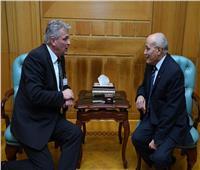 «العصار»يستقبل وفدًاألمانيًالبحث سبل التعاون المشترك بين البلدين