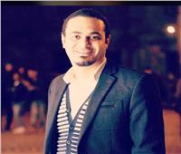 المنشد مصطفى حمدي يستعد للمولد النبوي بـ«محمد المصطفى»