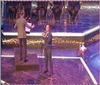مدحت صالح يفتتح حفله بمهرجان الموسيقى بأغنية «قادرين يا دنيا»