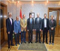 أشرف صبحي يستقبل سفير البحرين ومستشار الملك لشئون الشباب والرياضة
