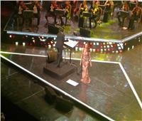 صور| أنغام تفتتح حفلها في مهرجان الموسيقى العربية بـ«عمري معاك»