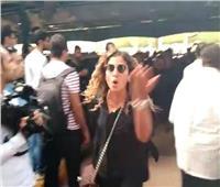 لهذا السبب.. دينا الشربيني تنفعل على الصحفيين في تشييع جنازة هيثم أحمد زكي